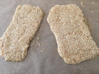 Meni-meniyong (Sesame seed sticks)