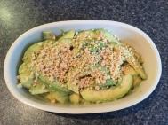 Slaai (avocado & peanut salad)