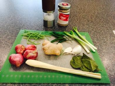 Ingredients for Namphrik gaeng key au wan (Green Curry Paste)