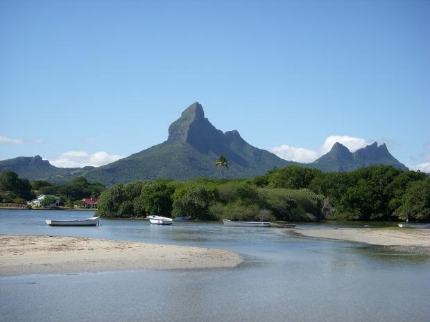 mauritius-mountains