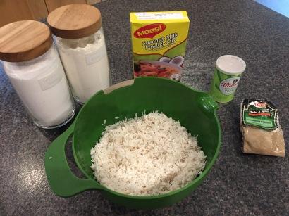 Ingredients for Macsharo (Somalian rice cake)
